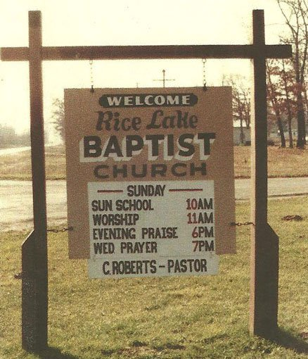 Church Sign showing Clarence Roberts as Pastor